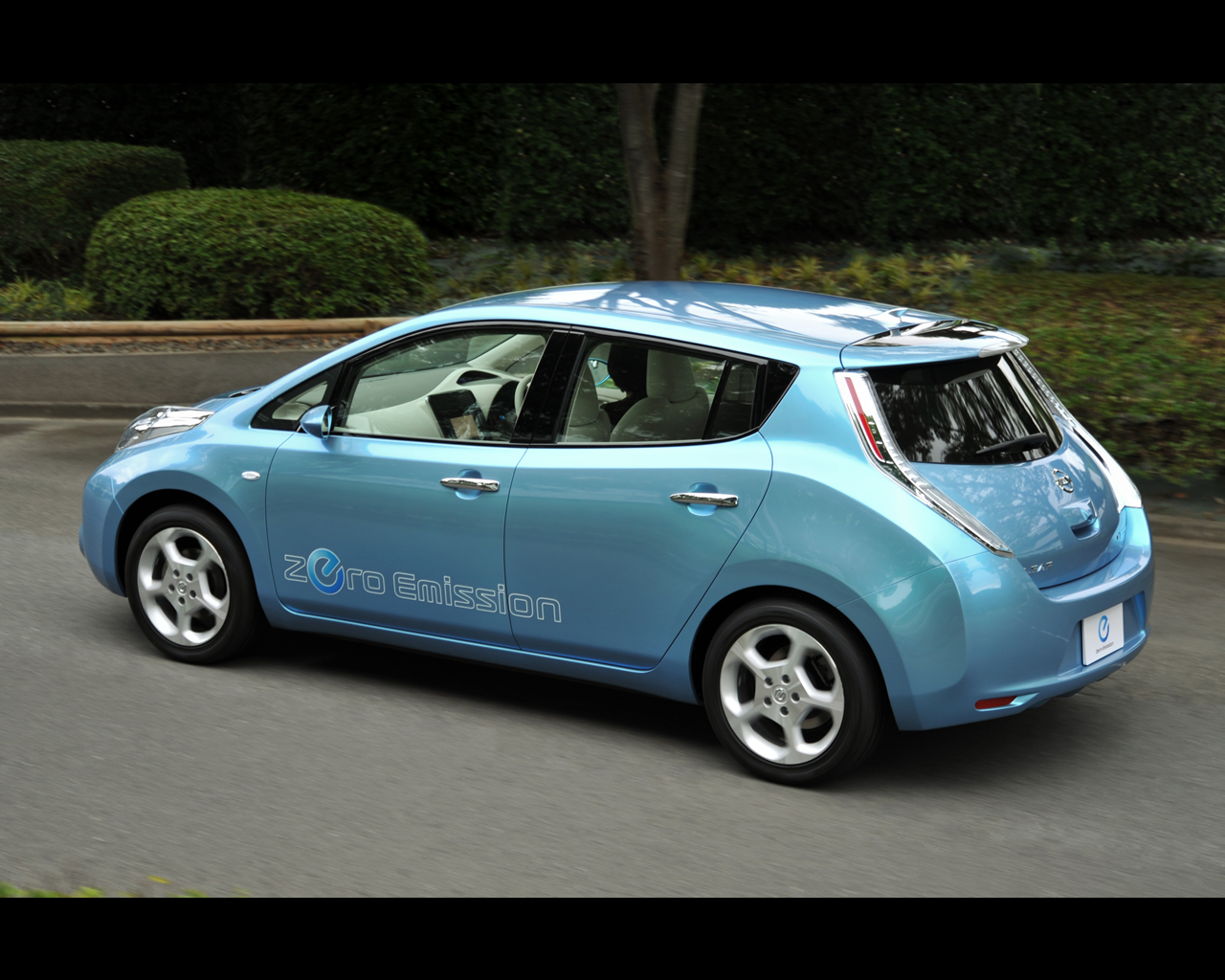 Nissan Leaf phase1 interieur 1