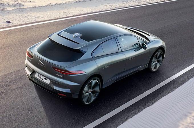 Jaguar électrique i-Pace roule