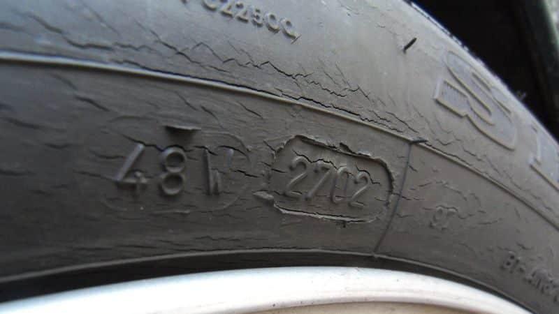 pneu-craquelé